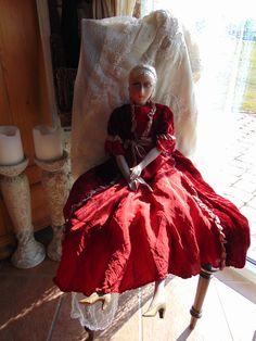 Vintage Puppen - Französische Boudoir doll in rot - ein Designerstück von Montiem bei DaWanda