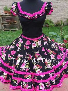 Chilena💞 Pagent Dresses, Dance Dresses, Fall Dresses, Little Girl Dresses, Girls Dresses, Flower Girl Dresses, 19th Century Fashion, Mexican Dresses, Kids Fashion