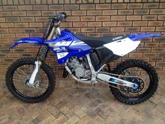 This is a yamaha YZ125 2 stroke. This is the dirt bike I want to get!!!!!