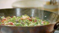 Jamie Oliver's Asian Tuna, Coconut Rice & Jiggy Jiggy Greens Jamie Oliver 15 Minute Meals, Jamie's 15 Minute Meals, Chicken Caesar Salad, Coconut Rice, Tasty, Yummy Food, Mexican Chicken, Falafel, Gnocchi
