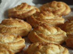 Biscottini morbidi di pasticceria alla ricotta, foto 1 Ricotta, Biscotti Cookies, Onion Rings, Apple Pie, Mousse, Food To Make, Biscuits, Cooking Recipes, Sweets