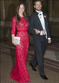 The royal family attended the annual gala dinner hosted by King Carl Gustav. The evening was held at the Royal Palace in Stockholm on 18 November 2014. Sofia Hellqvist was present for the first time.