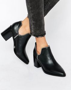 Image 1 ofSenso Huntley I Black Leather Cut Out Zip Ankle Boots