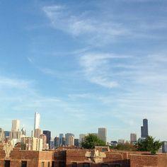 Chicago skyline | Instagram Trump International Hotel, Chicago Skyline, Bold Fashion, San Francisco Skyline, Michigan, Tower, Travel, Instagram, Design