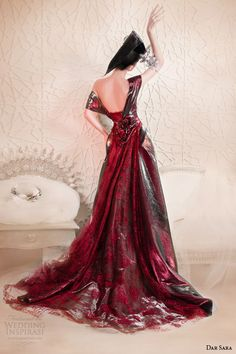 dar sara couture 2014 metallic red cap sleeve gown back view