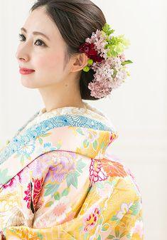 Kimono Japan, Japanese Kimono, Graduation Hairstyles, Wedding Hairstyles, Wedding Kimono, Japanese Wedding, Hair Arrange, Japanese Hairstyle, Japanese Outfits