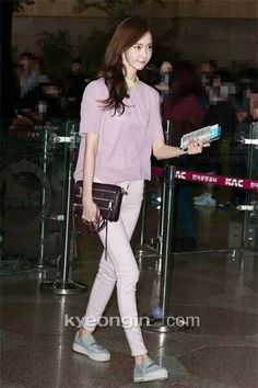 Yoona's fashion airport style