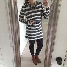 My #nursingootd - this bold gray stripe is a new favorite!  I hope y'all have a fabulous October 1! Bring on the pumpkin spice lattes, Halloween costume prep and apple pie!  Xo, Elena (aka The BFS - BreastFeeding Stylist)   #breastfeedingfashion #nursingootd #breastfeedingstyle #nursingfashion #nursingstyle #nursingmomfashion #nursingmomstyle #unitedinmotherhood #momblogger #bumpstyle #maternitystyle #nursingmom #mamasmilkbox