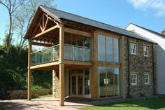 Great balcony with covered area below Cottage Extension, House Extension Design, Glass Extension, Extension Ideas, Extension Google, Rear Extension, Pole Barn House Plans, Pole Barn Homes, Roof Design