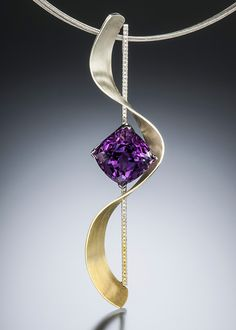 Distinctive and enchanting. Accento pendant features a dazzling amethyst with a color gradient of white to yellow diamonds and gradient Spectra gold.