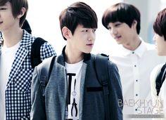 12.06.09 Incheon Airport - Leaving for SMTown Taiwan (Cr: Baekhyun stage: byunbaekhyun.com)