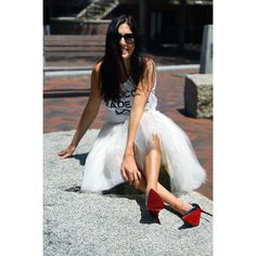 Happy Sunny Saturday to all you gorgeous ladies! @fenwayfashionista is as always stylish in her Clarisa tulle skirt and metallic Loubs ❤️ #cestcany #tulleskirt #tulleskirts #tulle #tutu #adulttutu #tutuskirt #puffyskirt #bridal #bridaloutfit #bridaldress #bridesmaids #engagementoutfit #plussize #fashionshop #instafashion #shopping #fashion #style #flashsale #instagood #girls #stylish #princessskirt #outfit #tagsforlikes #ootd #outfitoftheday