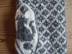 Ravelry: Pelle pattern by Eva-Lotta Staffas