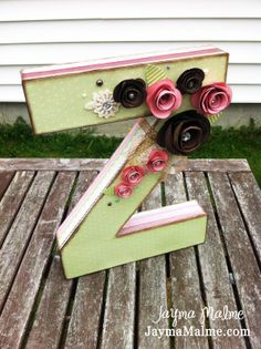"""Playing with Paper: Scrapbooks, Cards and DIY 