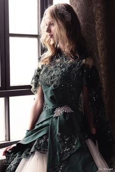 Jill Stuart Wedding Dress Collection 2014 - Hunter green dress with lace Blush Pink Wedding Dress, Green Wedding Dresses, Affordable Wedding Dresses, Bridal Dresses, Wedding Gowns, Bridal Collection, Dress Collection, Gq, Moda Formal