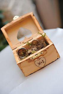 Perfect ring bearer box! #dawninvitescontest