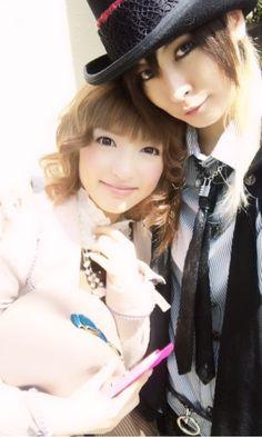 AKIRA & LILY