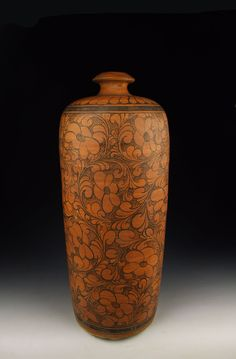 ◭ Penchant for Pottery ◮ Jin Dynasty Cizhou Ware Persimmon Glaze Porcelain Plum Vase With Coiled Flower Pattern Pottery Vase, Ceramic Pottery, Earthenware, Stoneware, Chinese Ceramics, Ceramic Clay, Chinese Antiques, Decorating On A Budget, Ancient Art