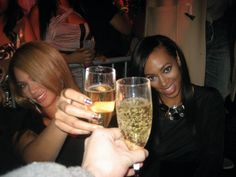 Bey n Solange Cheers