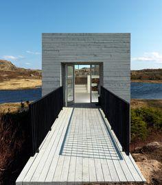 saunders architecture: bridge studio via designboom
