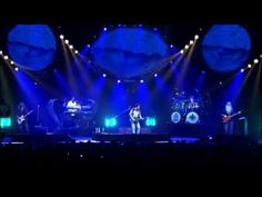 Falling In Between Live ● Toto (720p) - YouTube