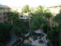 Marriott Grand Cayman Beach Resort: Courtyard