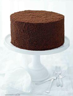 inside-out hazelnut mOcha cake