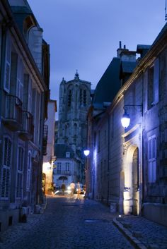 https://flic.kr/p/6NwMzo | Bourges France       01-08-09-