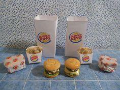 Kitchen Fast Food Hamburgers Onion Rings Bag   My LIV DOLL needs!
