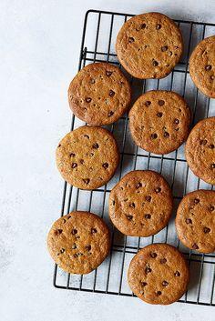 Grain-free Almond Butter Chocolate Chip Cookies {Paleo} - Tasty Yummies