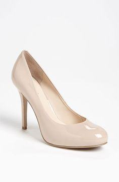 Great simple shoe for the wedding- Nine West 'Maximus' Pump available at #Nordstrom #Nordstromweddings