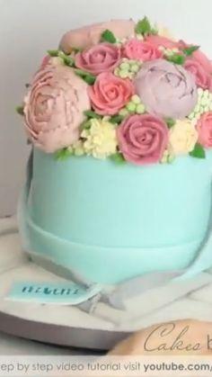 Beautiful cake decor ideas cake cakedecorating putonapron cakebylinz 5 torte in Cake Decorating Videos, Cake Decorating Techniques, Decorating Ideas, Beautiful Cakes, Amazing Cakes, Beautiful Cake Designs, Cool Cake Designs, Professional Cake Decorating, Sugar Craft