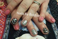 Shellac with nail art!  #head2toesalon #nailsbybobbie