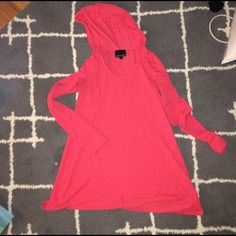 Soft bright pink hooded sweater No stains holes tears, price reflects wear, there is pilling( couldn't even get a good picture!) but it is still a great sweater Cynthia Rowley Sweaters Crew & Scoop Necks