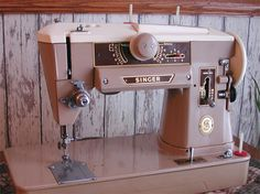 what my 401a singer sewing machine looks like!