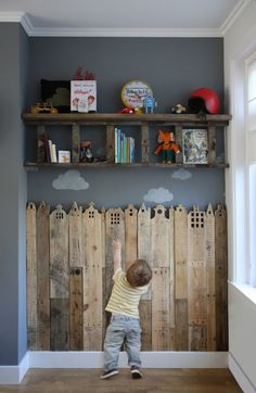 This reclaimed wood wall will be in my kid's room! Diy Projects For Kids, Diy Pallet Projects, Wood Projects, Grey Boys Rooms, Boy Rooms, Decoracion Low Cost, Diy Casa, Diy Pallet Furniture, Furniture Design
