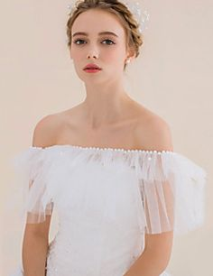 Tulle Sleeveless Wedding / Party/Evening / Casual Capelets Bridal Wraps with Pearls