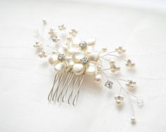 Pearl Bridal Hair Comb, Bridal Hairpiece, Pearl Hair Comb, Bridal Head Piece, Floral Hair Comb, Floral Hairpiece { designed and intricately handcrafted in our studio } Made with SWAROVSKI ELEMENTS -- Swarovski crystal pearls and Swarovski crystals. Completely wired by hand; hours