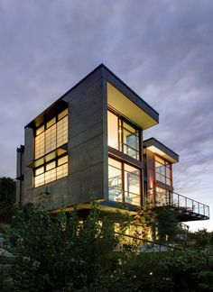 Balance Associates Architects have designed a house in the Capitol Hill neighborhood of Seattle, Washington.