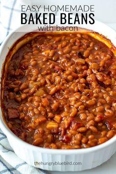 Easy homemade baked beans with bacon and brown sugar thehungrybluebird bakedbeans baconbakedbeans andbrownsugar inoven southernstyle cannedbakedbeansrecipe Canned Baked Beans, Best Baked Beans, Baked Beans With Bacon, Homemade Baked Beans, Baked Bean Recipes, Crock Pot Baked Beans, Best Baked Bean Recipe Crock Pot, Baked Beans In Oven, Southern Style Baked Beans Recipe