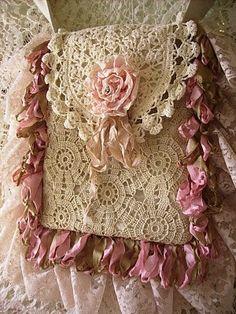 shabby crochet purse...beautiful