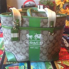 Coach leather ware purse Purse is in excellent used condition, small amount of wear on bottom corners.see pics Coach Bags Shoulder Bags