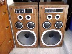 Vintage  Fisher speakers ST-780 speakers USA