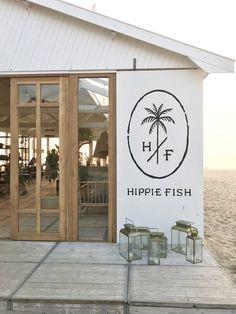 Hippie Fish Zandvoort - Welcome to Amsterdam - Decor Deco Restaurant, Outdoor Restaurant, Modern Restaurant, Restaurant Design, Cafe Shop Design, Cafe Interior Design, Store Design, Surf Cafe, Beach Cafe