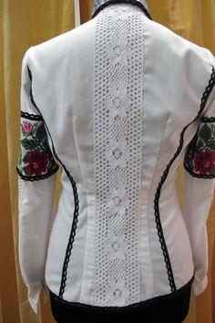 вишивка весняна Anna, Embroidery, Casual, Sweaters, Fashion, Moda, Needlepoint, Fashion Styles, Sweater