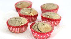 """Het weekend is hét moment om met nieuwe bakrecepten aan de slag te gaan. Die heerlijke bakgeur uit de oven maakt mijn dag meteen goed. Het liefst bak ik bananenbrood of muffins. Voor de basis gebruik ik dan supergezonde ingredienten – zoals banaan en havermout – en voeg hier wat... <a href=""""http://cottonandcream.nl/havermout-muffins-met-cranberry-en-witte-chocolade/"""">Read More →</a>"""