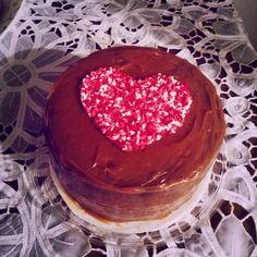 Pastel de chocolate con dulce de leche