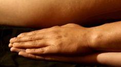ayuneda.com Apprendre à donner et recevoir notre massage tantrique c'est comprendre la différence entre être et vouloir être.