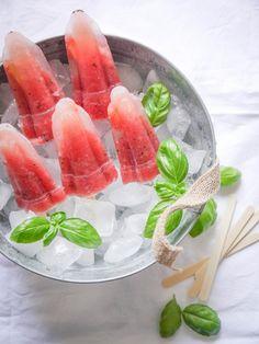 Wassermelonen-Sorbet mit Kiwi & Basilikum