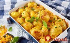 Výborný tip, ako pripraviť nové zemiaky. Ideálne na tento recept sú menšie zemiaky, ale ak máte väčšie kúsky, prekrojte ich na polovice, alebo aj na štvrtinky. Mám skúsenosť, že zemiaky sú hotové naozaj rýchlo. Okra, Potato Recipes, Cheddar, Chicken Wings, Vegan Vegetarian, Cauliflower, Shrimp, Cake Recipes, Food And Drink